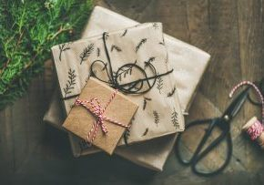 gift boxes paper wrapping