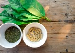 kratom leaf powder capsules extracts